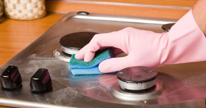 Garder votre évier et plaque de cuisson tout propre !